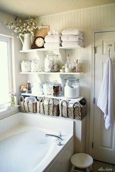 storage solutions and wall decoration ideas for small bathroom diy bathroom decor 15 Small Wall Shelves to Make Bathroom Design Functional and Beautiful Bad Inspiration, Bathroom Inspiration, Small Wall Shelf, Small Wall Decor, Large Shelves, Sweet Home, Shabby Chic Homes, Shabby Chic Storage, Shabby Chic Apartment