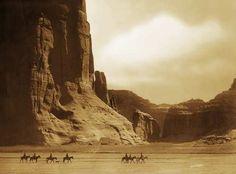 Canyon De Chilly - Navaho - 1904