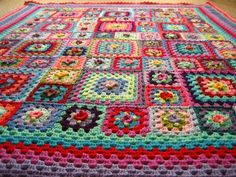 Holy Granny Squares batman! I don't think I could ever make this, but I'd certainly buy it off of someone who could!