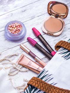petitsplaisirs  ledeclicanticlope   Du nouveau maquillage - Collection  Wanderlust par KIKO. Via Grazia.fr. Le Déclic Anti Clope · Petits Plaisirs 09fd3bb4b388