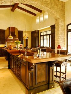 Spanish Colonial Home Design Ideas: Sleek Traditional Kitchen Design