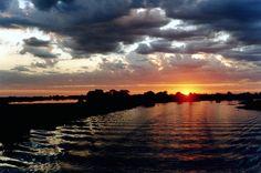 Sunset no Rio Paraguai #pantanal #semfim #brazil http://pantanalsemfim.wordpress.com/