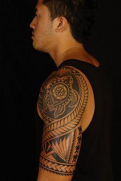 a polynesian turtle tattoo