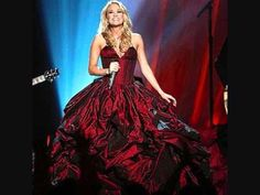 The First Noel - Carrie Underwood