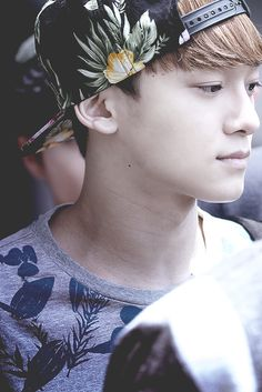 Chen #exo love his eyes and smile