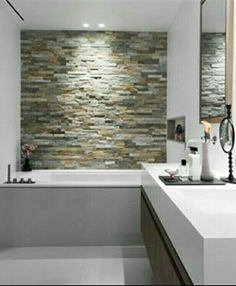 Feature wall <3 - great bathroom design.