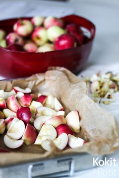 Kokit ja Potit -ruokablogi: Omenahillo uunissa Apple Jam, Marmalade, Pickles, Dishes, Baking, Ethnic Recipes, Food, Vegans, Bakken