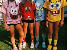 diy Halloween Costumes for teens - Easy/ Last Minute DIY Costumes Cute Group Halloween Costumes, Cute Costumes, Halloween Stuff, Cute Best Friend Costumes, Costume Ideas For Groups, Costumes For 3 People, Vsco Girl Halloween Costume, Girl Group Halloween Costumes, Zombie Costumes