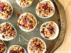 CoffeeBiscotti : Choco-Cranberry Granola Balls