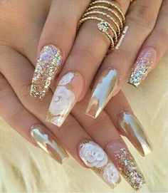 12 unique trending nail art designs for Hot nail right nail now in fashion. Stiletto nails, rainbow almond nails, Ombre rounded nail art designs for summer. Fabulous Nails, Gorgeous Nails, Pretty Nails, Nice Nails, Perfect Nails, Hot Nails, Hair And Nails, Acrylic Nail Designs, Nail Art Designs