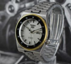 VINTAGE-SEIKO-5-AUTOMATIC-21-JEWEL-CAL-7S26A-DAY-DATE-MENS-EXCELLENT-WRIST-WATCH
