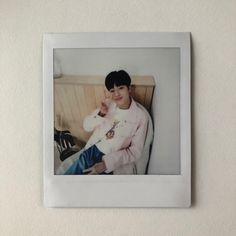 Haruto #Treasure13 Korean Picture, Winner Ikon, Polaroid Pictures, K Idol, Happy Fun, Treasure Boxes, 2ne1, Old Pictures, Aesthetic Pictures