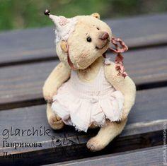медведица Вуокко - бежевый,бледно-розовый,кремовый,медведь,медведица,коллекционная игрушка