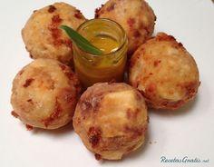 Croquetas de yuca y queso    http://www.recetasgratis.net/Receta-de-croquetas-de-yuca-y-queso-recetapasoapaso-52126.html