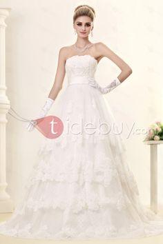 Aラインストラップレスチャペルトレインティアードオーガンザウェディングドレス