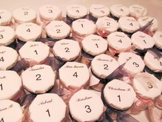 Wedding favors escort cards - personalized with your choice of jam, coffee, Wedding Favors For Men, Rustic Wedding Favors, Wedding Ideas, Wedding Table, Wedding Details, Wedding Planning, Wedding Inspiration, Jam Favors, Divorce Party