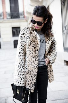 Collagevintage_Collection-Chelsea_Boots-Leopard_Coat-Sreet_Style-Outfit-41