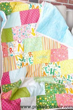 Snuggly Bricks Quilt Tutorial - perfect for a beginner, it's so easy there are no seams to match up!