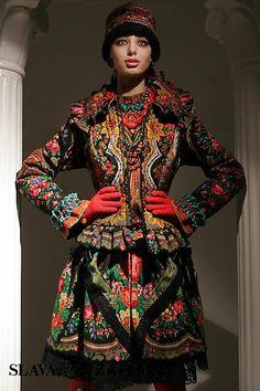 Back to basics, back to FOLK: Slava Zaitsev Haute Couture Folk Fashion, Ethnic Fashion, Zar Nikolaus Ii, Mode Russe, Ethno Style, Russian Fashion, Russian Style, Russian Folk, Folk Costume