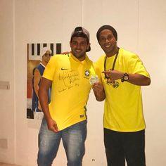 Ronaldo de Assis Moreira @ronaldinhooficial: Parabéns meu mano Goró pelo título Craques do Futvoley! Eu estava acompanhando e
