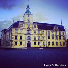 Oldenburger Schloss - Blog: dogsundbuddies.com - Oldenburg - Deutschland - Niedersachsen