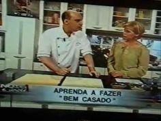 ATENÇÃO; Falta na receita UMA COLHER DE (CHÁ) DE FERMENTO EM PÓ. Show de Talentos...Claudete Troiano e Álvaro Rodrigues.