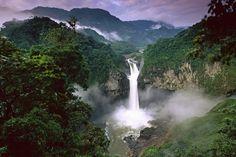 Floresta Amazônica, fronteira com o Brasil, Peru, Colômbia, Venezuela, Equador e Bolívia