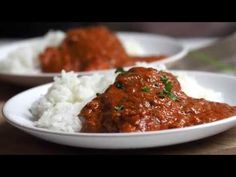 How to make Chicken Curry: also known as Murgh Karahi can be made in so many different ways. Here is a traditional and authentic Indian recipe you can make a. Chicken Curry, Kari Ayam, East Indian Food, Karahi Recipe, Pakistan Food, Curry Stew, Indian Food Recipes, Ethnic Recipes, Middle Eastern Recipes