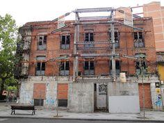 Hostal Lucense en Valladolid, cerrado desde 1996. http://vallisoletvm.blogspot.com.es/