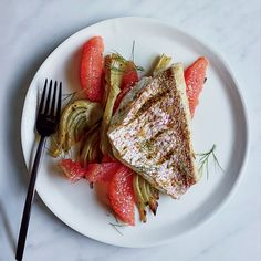 This supereasy roast snapper fillet gets flavor from fresh fennel, fennel seeds and plenty of grapefruit. Get the recipe at Food & Wine.