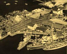 1962. Ships at dock.