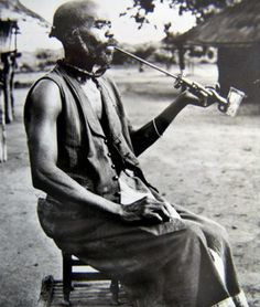 African Pipes - Tobacco Pipes - Pipe Smoking Xhosa Zulu Pipe