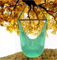 DIY: How to Macrame a Hammock Chair I've done this before, but it's been more than 20 years. Crochet Hammock, Diy Hammock, Hammock Swing, Hammock Chair, Diy Chair, Hammocks, Porch Swing, Room Hammock, Chair Swing