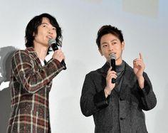 息の合ったトークで盛り上げる神木隆之介(左)と佐藤健=東京有楽町のTOHOシネマズ日劇2(撮影・園田高夫)