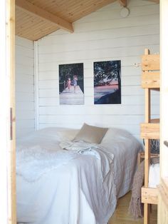 Sisustamista valokuvilla // At Maria's Cottage, Bed, Furniture, Home Decor, Decoration Home, Stream Bed, Room Decor, Cottages, Home Furnishings