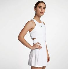 Maria Sharapova's Nike Wimbledon 2018 dress with sunburst pleats - Sport News Tennis Fashion, Sport Fashion, Fashion Brands, Women's Fashion, Sharapova Tennis, Maria Sharapova, Nike Outfits, Sport Outfits, Tennis Outfits