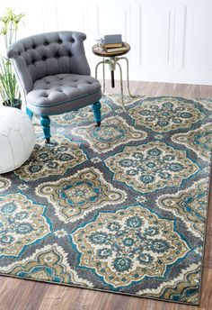 The polypropylene and polyester construction of this floral trellis rug allows you to use it in high traffic areas easily. This machine made rug has an elegant look and comes in two sizes to suit your area.
