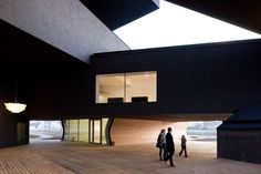 VitraHaus (Weil am Rhein, Germany – 2006-2009) / Herzog & de Meuron