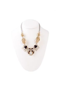 Corazón de cristal en collar vintage de @AntonHeunis  http://www.tenestilo.com/p-corazon-de-cristal-en-collar-vintage-anton-heunis-1296