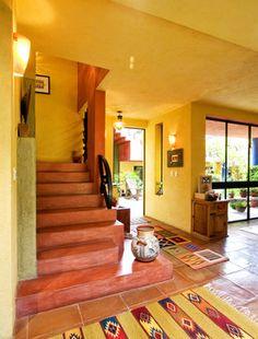 Casa de Cocinas eclectic-staircase