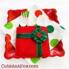 Christmas Present Utensil Holder