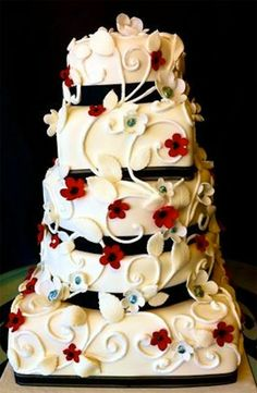 Preston Bailey Bride Ideas, Red and Black Wedding Cake, Wedding Cakes, Cake, Floral Cake. A little less vine and maybe a different color Black And White Wedding Cake, Black Wedding Cakes, Cake Wedding, Red Wedding, Wedding Stuff, Black Weddings, Double Wedding, Black Bride, Wedding Wishes