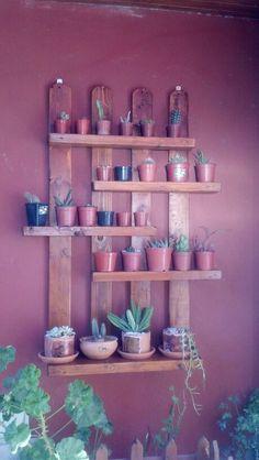 Estantes de madera para plantas jardineria pinterest - Macetas de madera ...