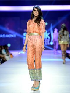 Pakistan Fashion Design Council aims to facilitate, promote and represent Pakistani designers at all levels. 3 Picture, Fashion Week 2015, Pakistan Fashion, Pakistani Designers, Industrial Style, Indian Fashion, Ready To Wear, Indian Style, How To Wear