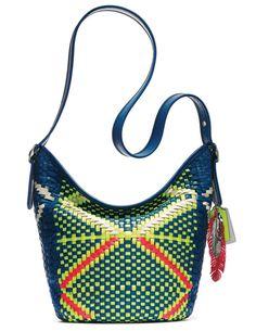 Trendy Beachwear for the Summer La collection Tribal de Coach, spécial Coachella 6 Discovred by : Azza Shesheny Coach Tote, Coach Purses, Coach Bags, Purses And Bags, Coachella, Vogue Paris, Bags 2015, Best Bags, Coach Shoes