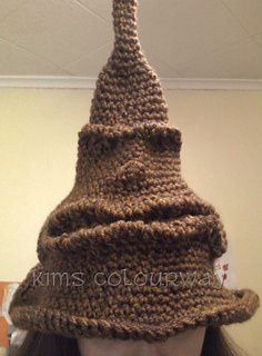 Happy Potter Sorting Hat free crochet pattern - 10 Free Harrry Potter Crochet Patterns - The Lavender Chair