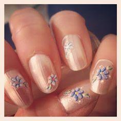 Manicura perlas con flores!