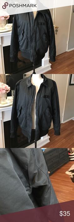 H&M Men's size Large black jacket! Really nice jacket.  Color has detachable faux fur for two different looks.  Size large.  Warm lining. H&M Jackets & Coats