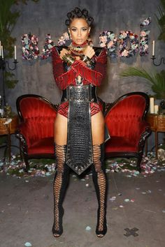Ciara & Swizz Beatz Host Halloween Eve Party in NYC!: Photo Ciara is kicking off Halloween early with a huge bash in New York City! The singer teamed up with Swizz Beatz for hosting duties at the Bacardi Liberate… Black Girl Halloween Costume, Halloween Outfits, Halloween Party, Happy Halloween, Black Cosplayers, Black Panther Costume, Look Fashion, Fashion Outfits, Celebrity Halloween Costumes
