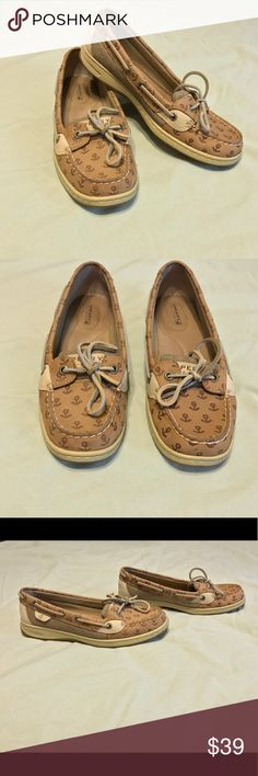 Sperry Angelfish Cute embossed anchor print. Good condition, no trades. From a non smoking home. Sperry Shoes Flats & Loafers